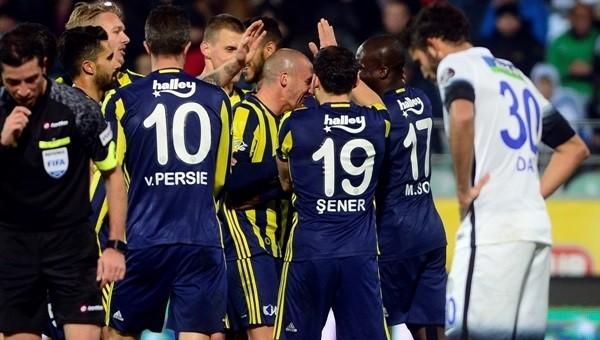 Fenerbahçe fırtına gibi esiyor