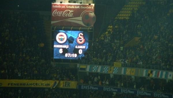 Fenerbahçe'den Galatasaray'a 6 Kasım göndermesi