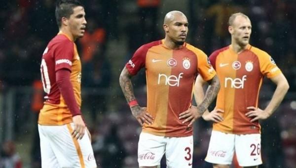 Galatasaray'da Riekerink ve futbolculara ültimatom