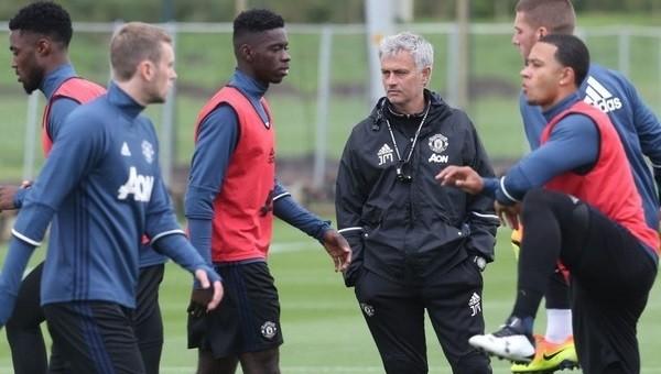 Jose Mourinho, Fenerbahçe'ye onay verdi