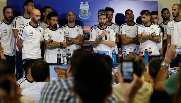 Lionel Messi ve arkadaşlarından uyuşturucu tepkisi