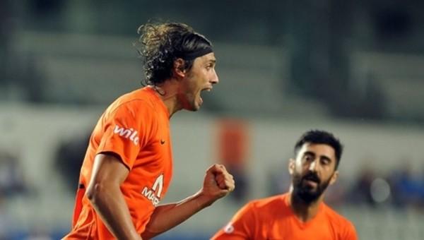 Mehmet Batdal eski takımı karşısında şov yaptı