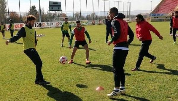 Sivas Belediyespor - Pendikspor maçı canlı TV izle