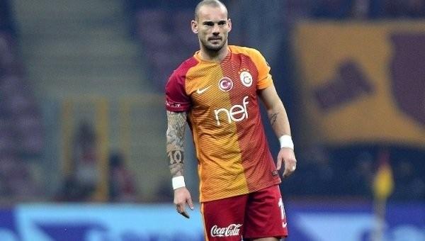 Sneijder Avrupa'ya damga vurdu
