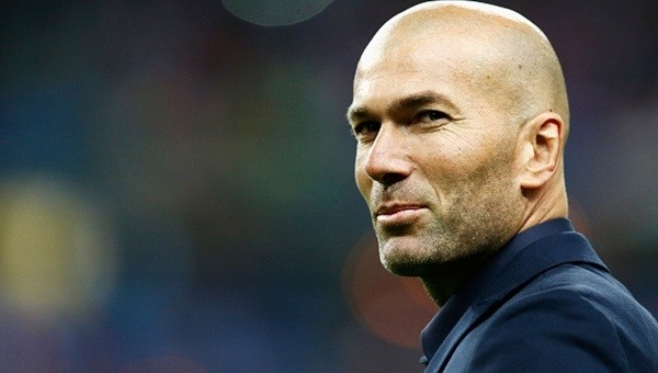 Zinedine Zidane Real Madrid tarihine geçti!