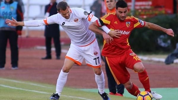 Adanaspor'dan kritik galibiyet: 2-1