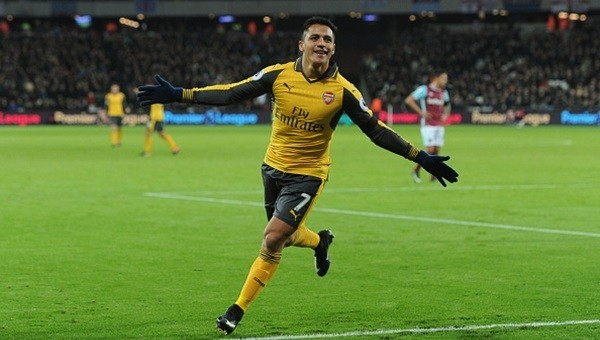 Arsenal Bilic'i dağıttı!