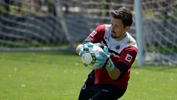 Avrupa'nın en az gol yiyen kalecisi Johannes Hopf