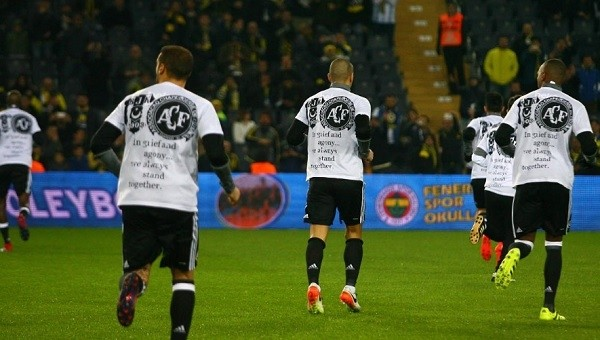 Beşiktaş derbide Chapecoense'yi unutmadı