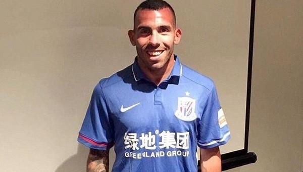 Carlos Tevez, Shanghai Shenhua'ya transfer oldu
