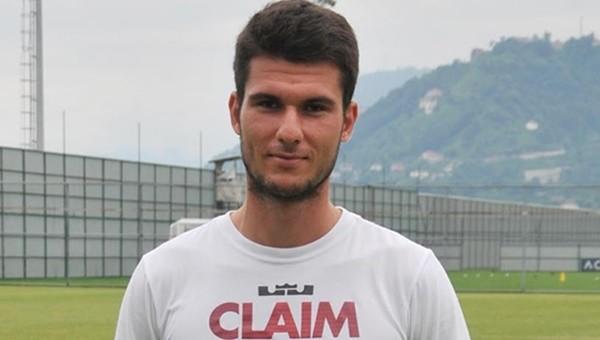 Çaykur Rizesporlu futbolcudan Beşiktaş tweeti