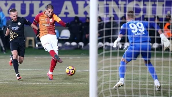 Galatasaray Eren Derdiyok ile kazanamıyor
