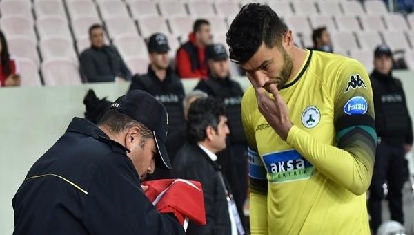 Giresunspor kalecisi Eser polisin karşısında ağladı