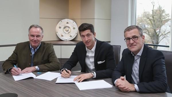 Lewandowski 5 yıl daha Bayern Münih'te