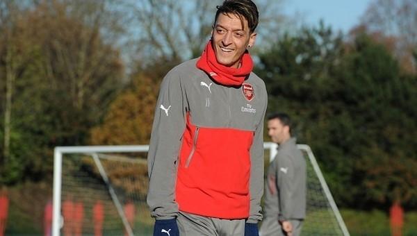 Mesut Özil'den Real Madrid'e dönüş açıklaması