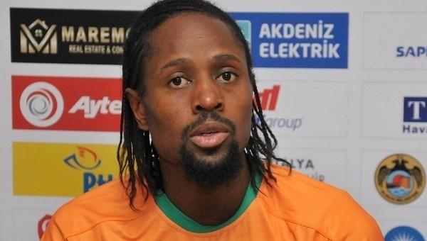 Abdoulaye Ba, Alanyaspor'dan ayrıldığını açıkladı