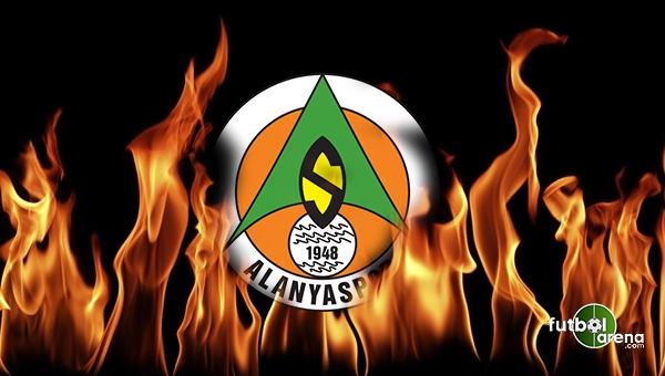 Alanyaspor'da 2 oyuncu Beşiktaş'a karşı cezalı
