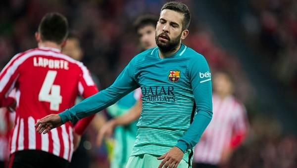 Athletic Bilbao, Barcelona'yı 9 kişiyle devirdi: 2-1