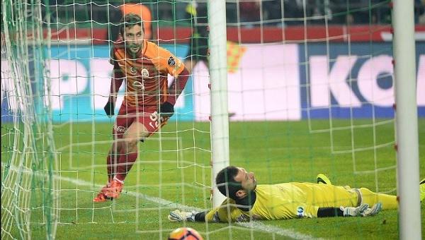 Atiker Konyaspor - Galatasaray maçı Sabri'nin attığı gol tarihe geçti