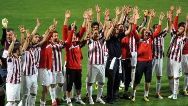 Bandırmaspor, 3 futbolcuyla anlaştı