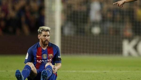 Barcelona, Messi hakkında konuşan yöneticiyi kovdu