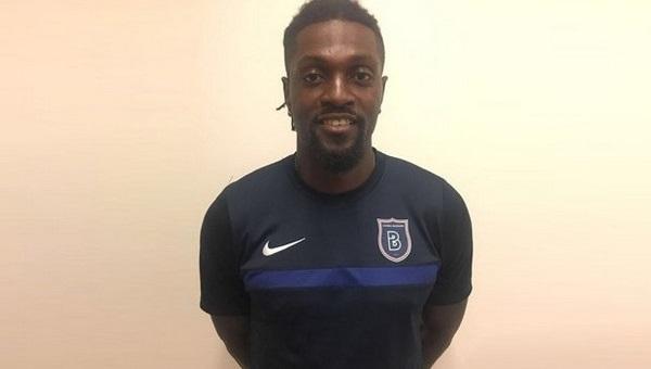Başakşehir, Emmanuel Adebayor'u transfer etti