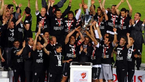 Beşiktaş ile Fenerbahçe 8 sene sonra