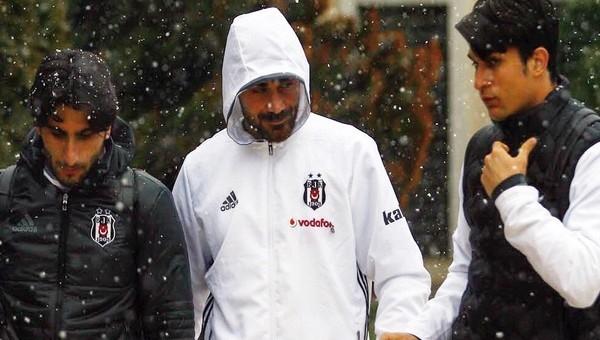 Beşiktaş kafilesine kar engeli
