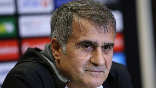 Beşiktaş Teknik Direktörü Şenol Güneş'ten transfer açıklaması
