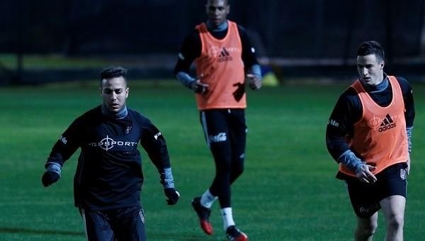 Beşiktaşlı Mitrovic'in antrenman performansı düşündürüyor