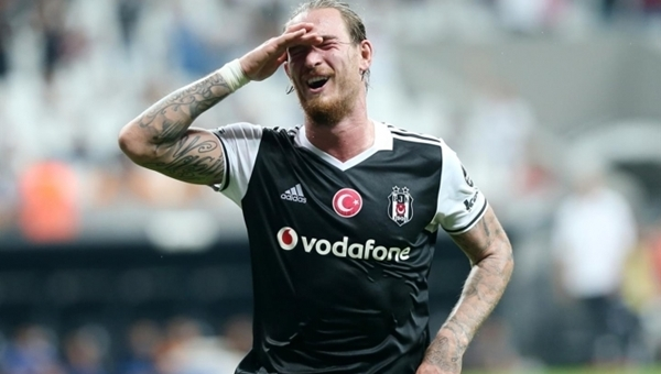 Beşiktaş'ta Ömer Şişmanoğlu üzüntüsü