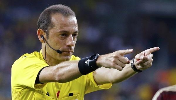 Cüneyt Çakır'a büyük tepki! Verdiği penaltı...
