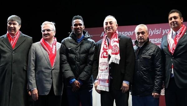 Eski Antalyasporlu futbolcudan Ali Şafak Öztürk'e Eto'o eleştirisi