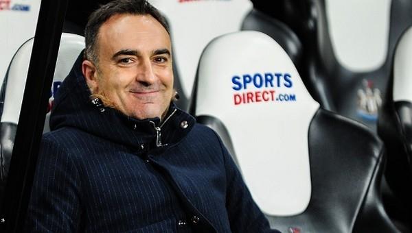 Eski Beşiktaş teknik direktörü tarihe geçti