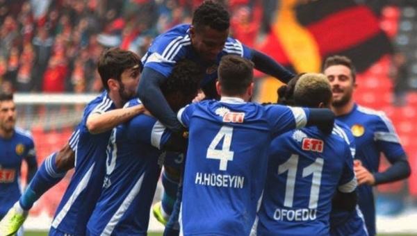 Eskişehirspor adım adım Süper Lig hedefine