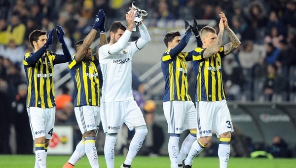 Fenerbahçe, Medipol Başakşehir'in tarihi serisine son verdi