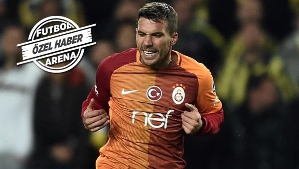 Galatasaray'dan Podolski Vissel Kobe transfer iddialarına yanıt
