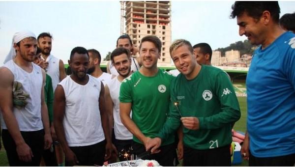 Giresunspor'da 2 futbolcunun sözleşmesi feshedildi
