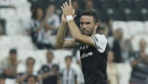Gökhan Gönül Fenerbahçe maçına kaptan çıkacak iddiası