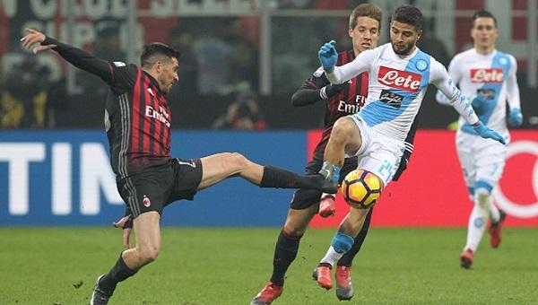 Jose Sosa, Milan - Napoli maçında nasıl oynadı?