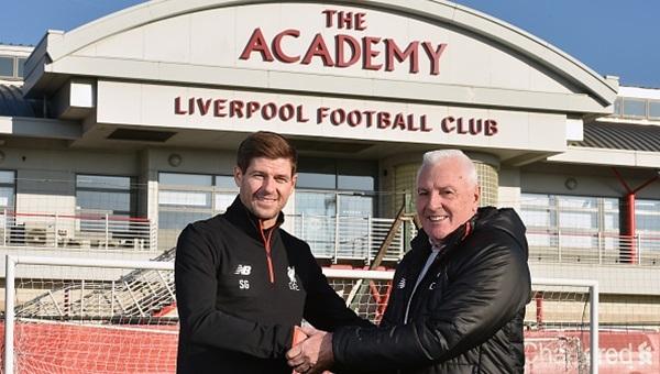 Liverpool'un efsane futbolcusu altyapının başına geçti
