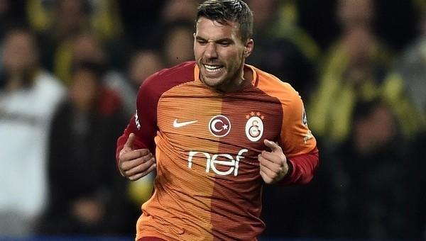 Lukas Podolski'den yalanlama! 'İnanmayın'