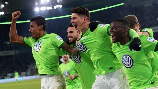 Mario Gomez attı, Wolfsburg kazandı: 1 - 0