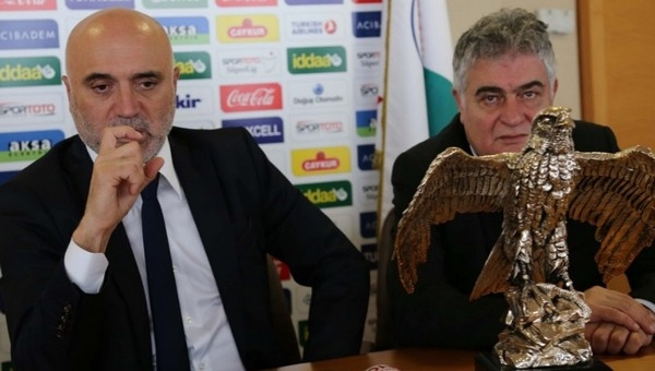 Ömer Ofluoğlu: 'Hikmet Karaman adam gibi adamdır'