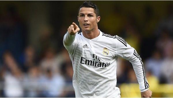 Real Madrid'den kulüp logosuna ticari sansür