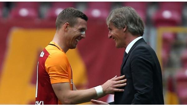 Riekerink'ten Podolski'nin transferi hakkında açıklama