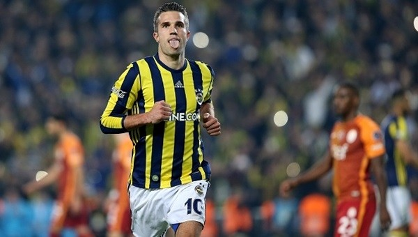 Robin Van Persie'den ezeli rakipleri Beşiktaş ve Galatasaray'a gönderme