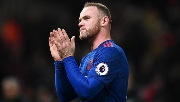 Rooney tarihe geçti, United kazanamadı: 1-1