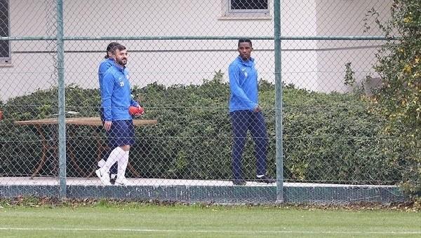 Samuel Eto'o, Beşiktaş'ın idmanını izledi