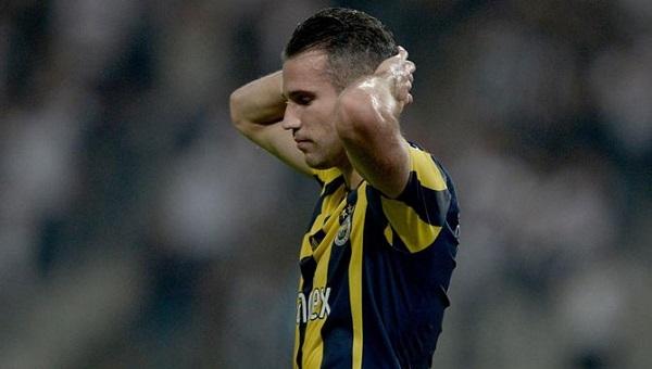 Fenerbahçeli yıldız futbolcu Van Persie'yi yıkan haber